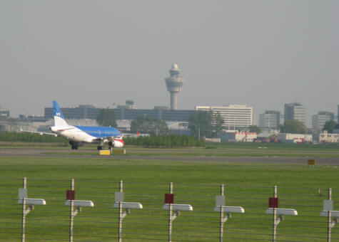 Low cost airfares to the amsterdam schipol airport for Case low cost amsterdam
